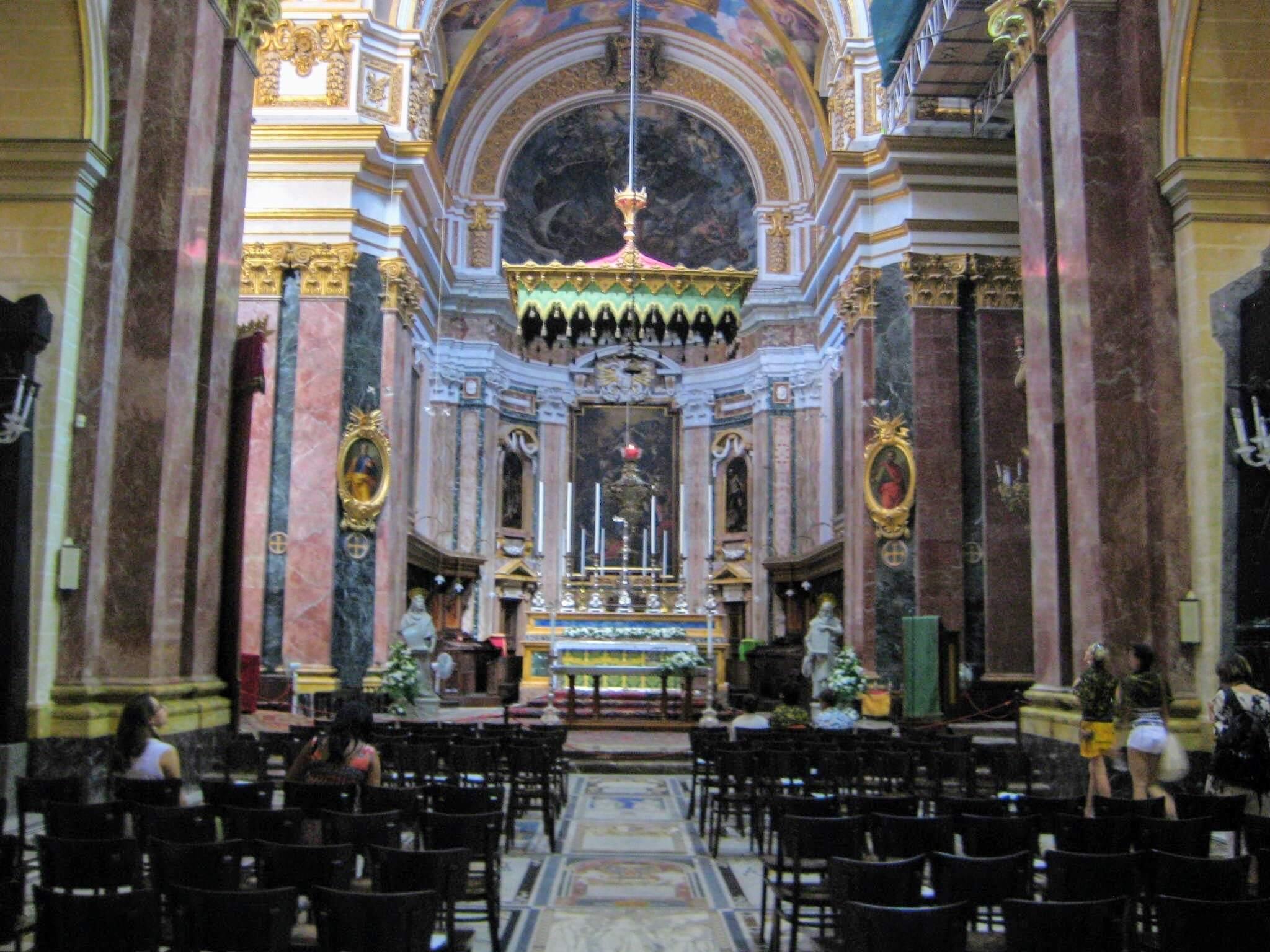聖パウロ大聖堂の豪華な内装